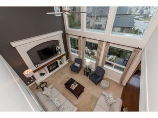 """Photo 10: 2060 RIESLING Drive in Abbotsford: Aberdeen House for sale in """"Pepin Brook"""" : MLS®# R2435586"""