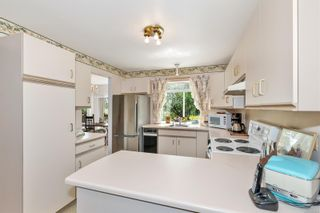 Photo 18: 572 Cedar Cres in : ML Cobble Hill Half Duplex for sale (Malahat & Area)  : MLS®# 878615