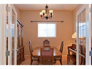 Photo 7: 15 ELGIN Drive SE in Calgary: McKenzie Towne House for sale : MLS®# C4054880