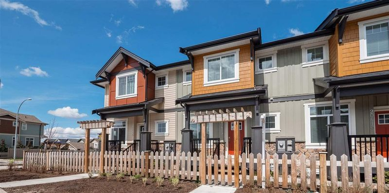 FEATURED LISTING: 20413 82 Avenue Langley