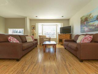 Photo 2: 517 Deerwood Pl in COMOX: CV Comox (Town of) House for sale (Comox Valley)  : MLS®# 754894
