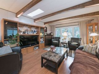 "Photo 9: 8 2306 198 Street in Langley: Brookswood Langley Manufactured Home for sale in ""Cedar Lane Park"" : MLS®# R2237206"