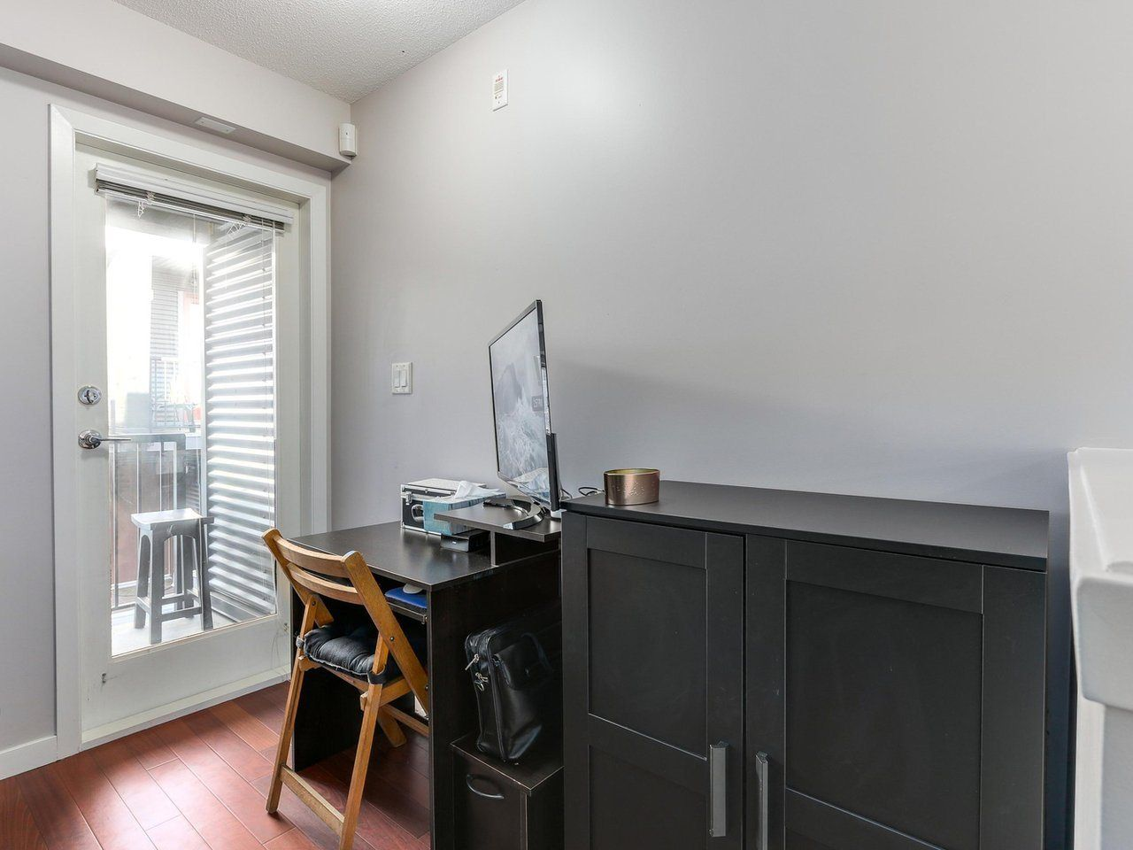 Photo 11: Photos: 119 672 W 6TH AVENUE in Vancouver: Fairview VW Townhouse for sale (Vancouver West)  : MLS®# R2401186