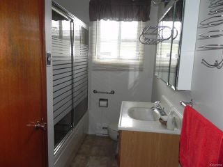 Photo 15: 4 Beech Street in Pine Falls: R28 Residential for sale