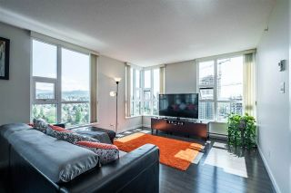 """Photo 4: 1901 2200 DOUGLAS Road in Burnaby: Brentwood Park Condo for sale in """"AFFINITY"""" (Burnaby North)  : MLS®# R2457772"""