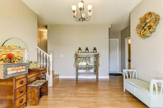 Photo 4: 5270 Sutherland Road, in Peachland: House for sale : MLS®# 10214524