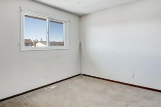 Photo 15: 19 Templemont Drive NE in Calgary: Temple Semi Detached for sale : MLS®# A1082358