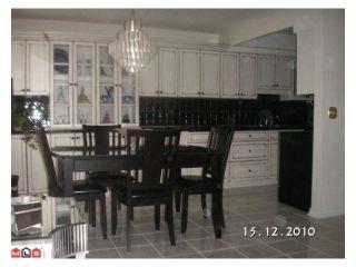 """Photo 2: 207 33956 ESSENDENE Avenue in Abbotsford: Central Abbotsford Condo for sale in """"Hillcrest Manor"""" : MLS®# R2104673"""