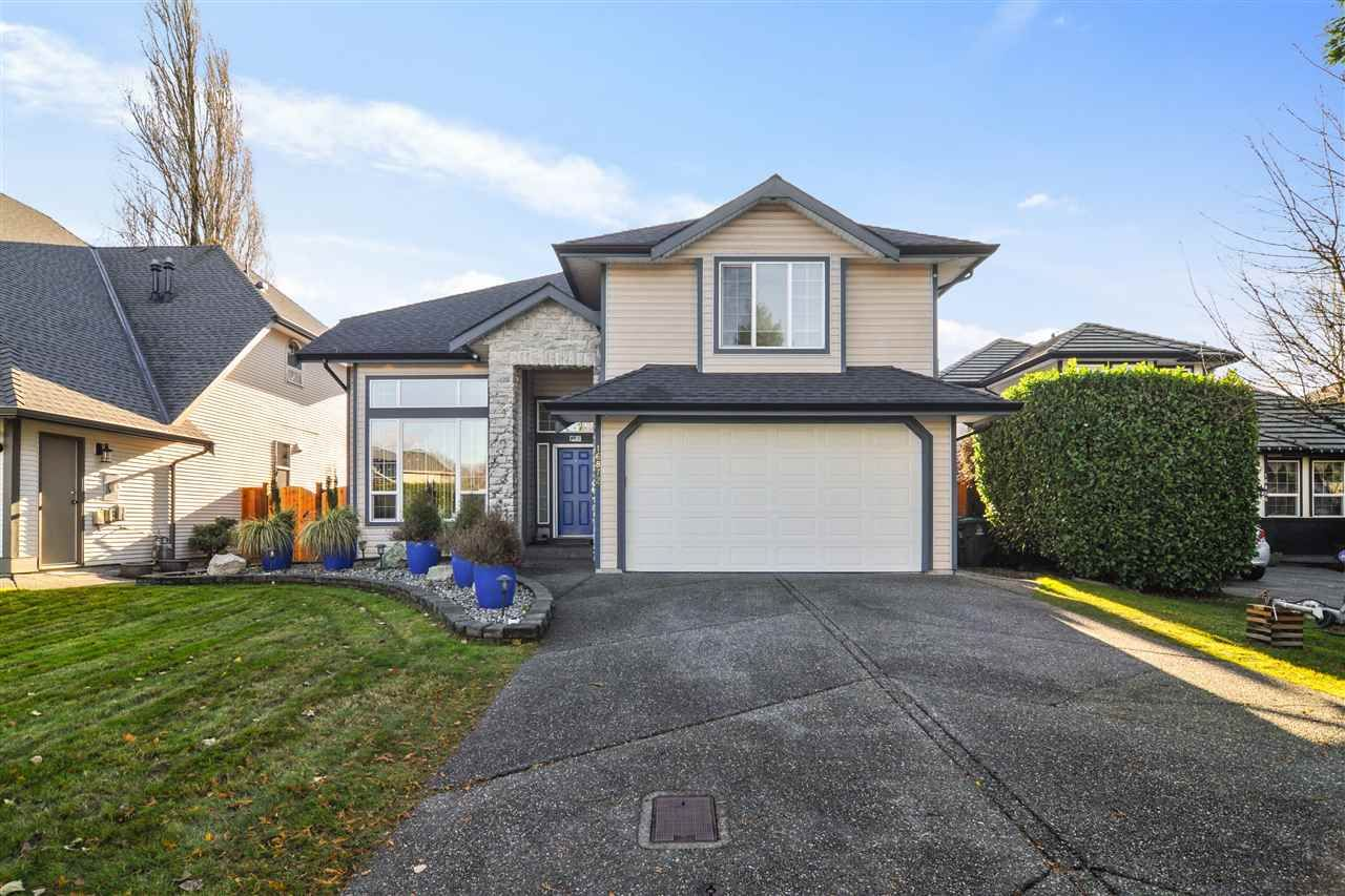 "Main Photo: 16872 60A Avenue in Surrey: Cloverdale BC House for sale in ""Parkview Terrace"" (Cloverdale)  : MLS®# R2520612"
