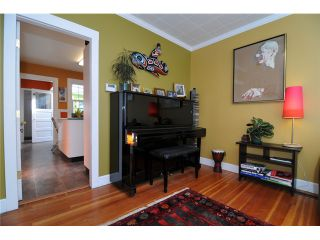 Photo 4: 1576 E 13TH Avenue in Vancouver: Grandview VE House for sale (Vancouver East)  : MLS®# V963969