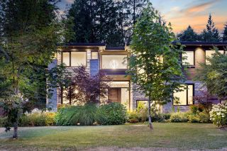 Photo 2: 3885 SUNSET Boulevard in North Vancouver: Edgemont House for sale : MLS®# R2617512