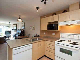 """Photo 2: # 228 332 LONSDALE AV in North Vancouver: Lower Lonsdale Condo for sale in """"Calypso"""" : MLS®# V860159"""