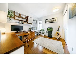 """Photo 16: 306 55 E 10TH Avenue in Vancouver: Mount Pleasant VE Condo for sale in """"Abbey Lane"""" (Vancouver East)  : MLS®# R2491184"""