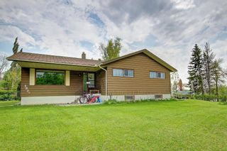 Main Photo: 2920 Toronto Crescent NW in Calgary: St Andrews Heights Detached for sale : MLS®# A1083340