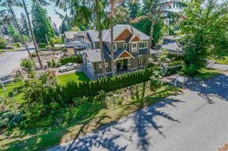 Photo 3: 12888 14A AVENUE in South Surrey White Rock: Crescent Bch Ocean Pk. Home for sale ()  : MLS®# R2091401