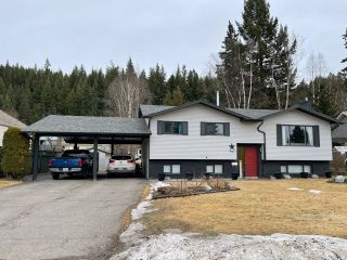 """Photo 1: 4962 MEADOWBROOK Road in Prince George: North Meadows House for sale in """"North Meadows"""" (PG City North (Zone 73))  : MLS®# R2557400"""