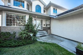 Photo 2: 219 SIGNAL HILL Point SW in Calgary: Signal Hill Detached for sale : MLS®# A1071289