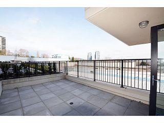 "Photo 7: # 306 2232 DOUGLAS RD in Burnaby: Brentwood Park Condo for sale in ""Affinity By BOSA"" (Burnaby North)  : MLS®# V999820"