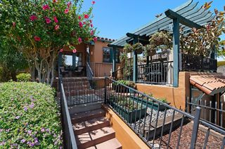 Photo 4: House for sale : 2 bedrooms : 1414 Edgemont St in San Diego