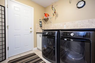 """Photo 17: 49 8555 209 Street in Langley: Walnut Grove Townhouse for sale in """"Autumnwood"""" : MLS®# R2154627"""
