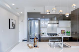 """Photo 7: 1402 1252 HORNBY Street in Vancouver: Downtown VW Condo for sale in """"PURE"""" (Vancouver West)  : MLS®# R2579899"""