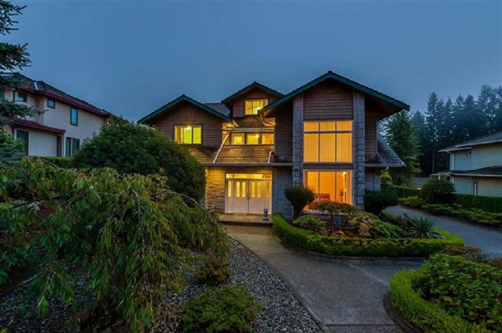Main Photo: 927 DEMPSEY Road in North Vancouver: Braemar House for sale : MLS®# R2596812