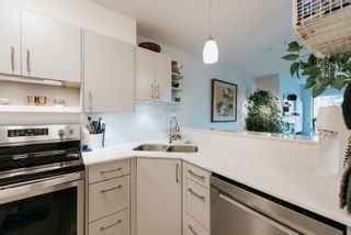 """Photo 6: 203 5855 COWRIE Street in Sechelt: Sechelt District Condo for sale in """"THE OSPREY"""" (Sunshine Coast)  : MLS®# R2617071"""