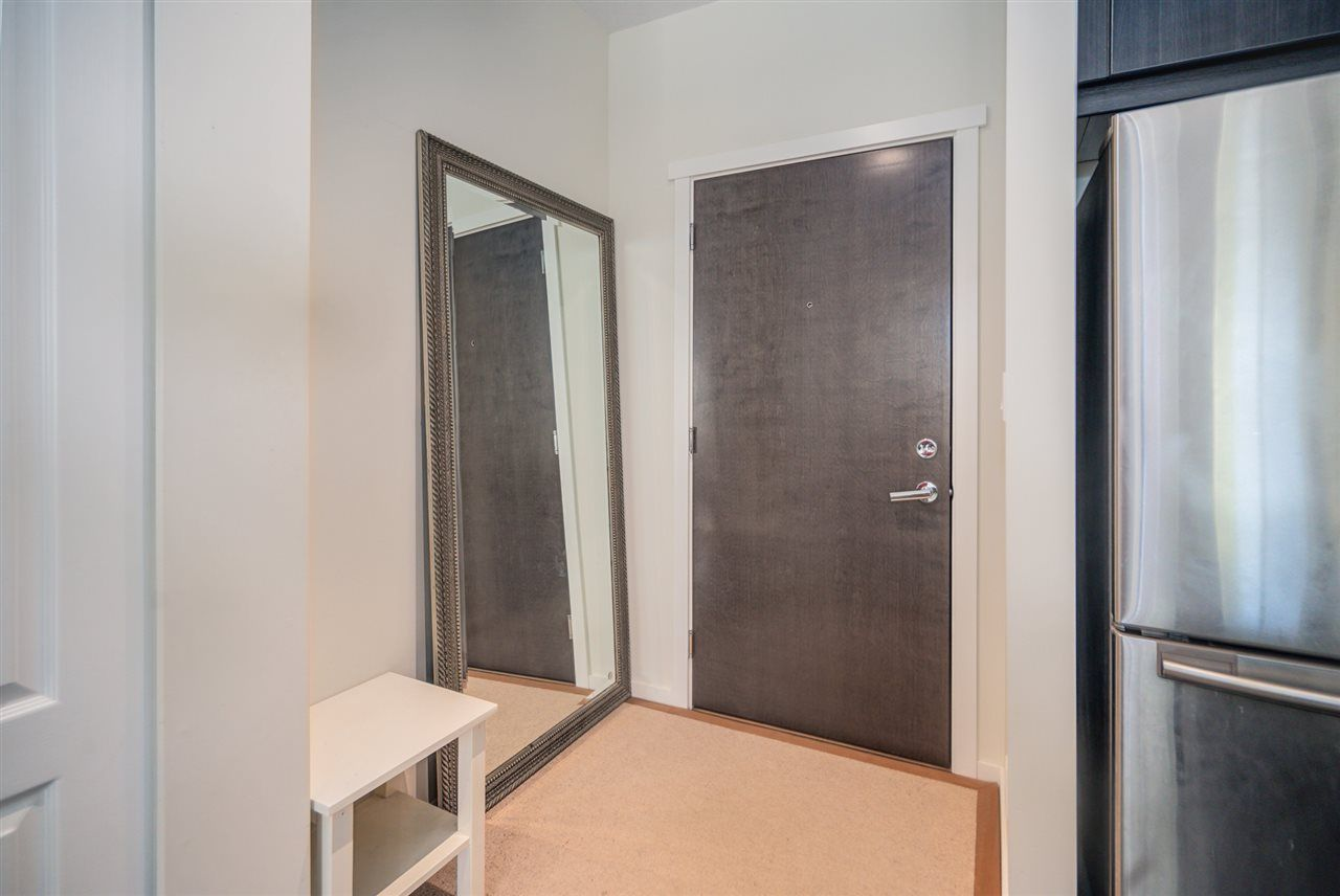 """Photo 8: Photos: 216 3107 WINDSOR Gate in Coquitlam: New Horizons Condo for sale in """"BRADLEY HOUSE"""" : MLS®# R2481599"""