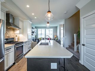 Photo 5: 139 Evansborough Crescent NW in Calgary: Evanston Detached for sale : MLS®# A1138721
