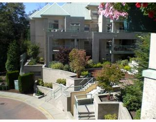 """Photo 1: 415 301 MAUDE Road in Port_Moody: North Shore Pt Moody Condo for sale in """"HERITAGE GRAND"""" (Port Moody)  : MLS®# V667016"""