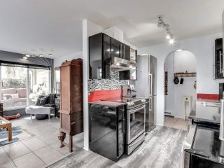 """Photo 8: 105 1641 WOODLAND Drive in Vancouver: Grandview Woodland Condo for sale in """"Woodland Court"""" (Vancouver East)  : MLS®# R2564541"""