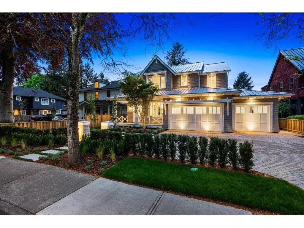 Main Photo: 8901 GLOVER Road in Langley: Fort Langley House for sale : MLS®# R2571533