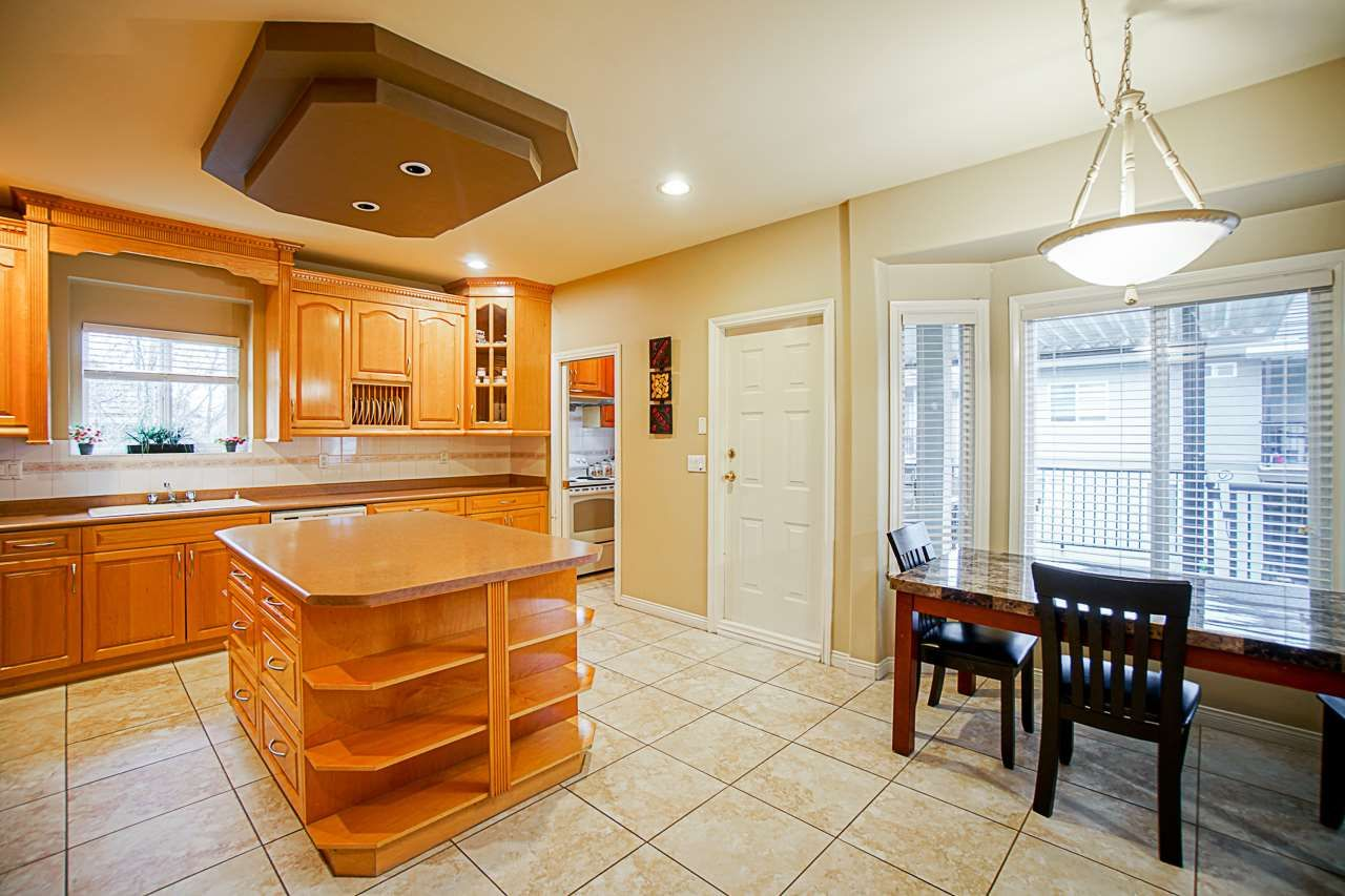 Photo 9: Photos: 8955 134B Street in Surrey: Queen Mary Park Surrey House for sale : MLS®# R2550819