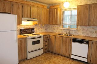 """Photo 9: 55 2120 KING GEORGE Boulevard in Surrey: King George Corridor Manufactured Home for sale in """"Five Oaks"""" (South Surrey White Rock)  : MLS®# R2015484"""