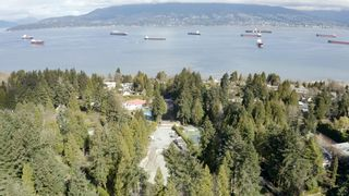 """Photo 4: 1784 DRUMMOND Drive in Vancouver: Point Grey House for sale in """"Point Grey"""" (Vancouver West)  : MLS®# R2624427"""