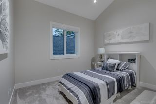 Photo 12: 1348 E 18TH Avenue in Vancouver: Knight 1/2 Duplex for sale (Vancouver East)  : MLS®# R2214853