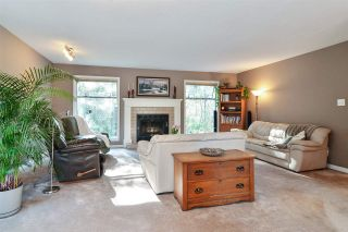 Photo 5: 3303 202 Street in Langley: Brookswood Langley House for sale : MLS®# R2571258