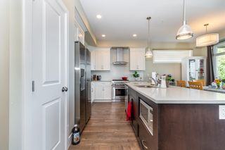 Photo 2: 46973 SYLVAN Drive in Chilliwack: Promontory House for sale (Sardis)  : MLS®# R2607971
