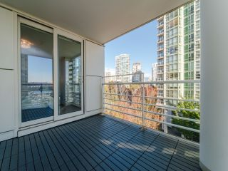 Photo 19: 706 198 AQUARIUS MEWS in Vancouver: Yaletown Condo for sale (Vancouver West)  : MLS®# R2424836