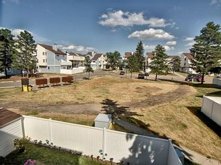Photo 20: 257 Lancaster Terrace in Edmonton: Zone 27 Townhouse for sale : MLS®# E4256171