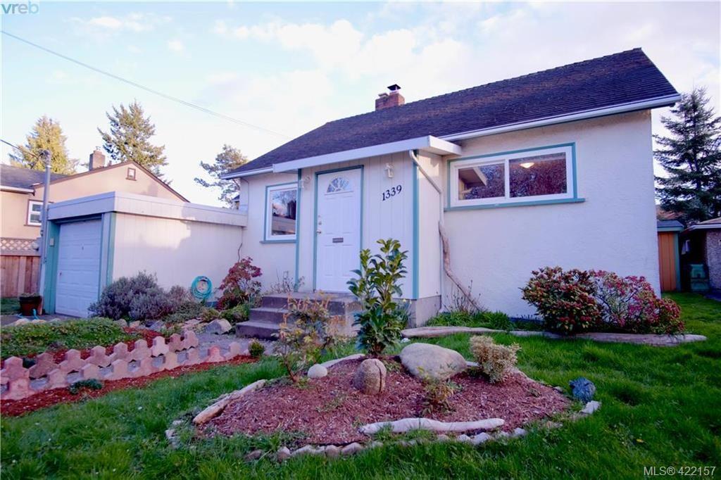 Main Photo: 1339 Finlayson St in VICTORIA: Vi Mayfair House for sale (Victoria)  : MLS®# 835577
