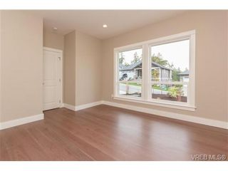 Photo 11: 3649 Coleman Pl in VICTORIA: Co Latoria House for sale (Colwood)  : MLS®# 685080
