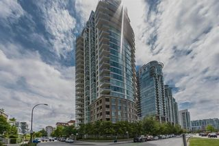 Main Photo: 2105 120 MILROSS Avenue in Vancouver: Downtown VE Condo for sale (Vancouver East)  : MLS®# R2592582