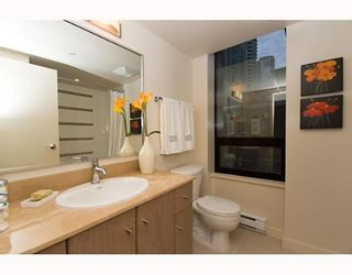 """Photo 5: 338 SMITHE Street in Vancouver: Downtown VW Townhouse for sale in """"YALETOWN PARK II"""" (Vancouver West)  : MLS®# V646253"""