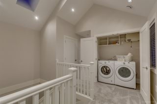 Photo 16: 2645 LAKEWOOD Drive in Vancouver: Grandview VE 1/2 Duplex for sale (Vancouver East)  : MLS®# R2202147