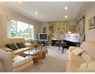 Photo 2: 6563 NEVILLE Street in Burnaby: South Slope House for sale (Burnaby South)  : MLS®# V698546