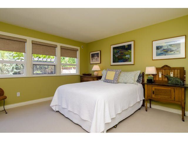 """Photo 18: Photos: 1159 BALSAM Street: White Rock House for sale in """"UPPER EAST BEACH"""" (South Surrey White Rock)  : MLS®# F1445609"""