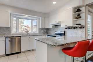 Photo 7: 5879 Dalcastle Drive NW in Calgary: Dalhousie Detached for sale : MLS®# A1087735