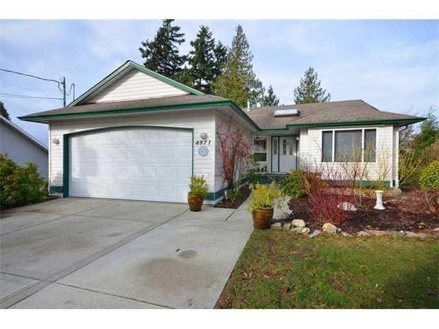 Main Photo: 4871 Blueberry Place in Sechelt: Sechelt District House for sale (Sunshine Coast)  : MLS®# V884839