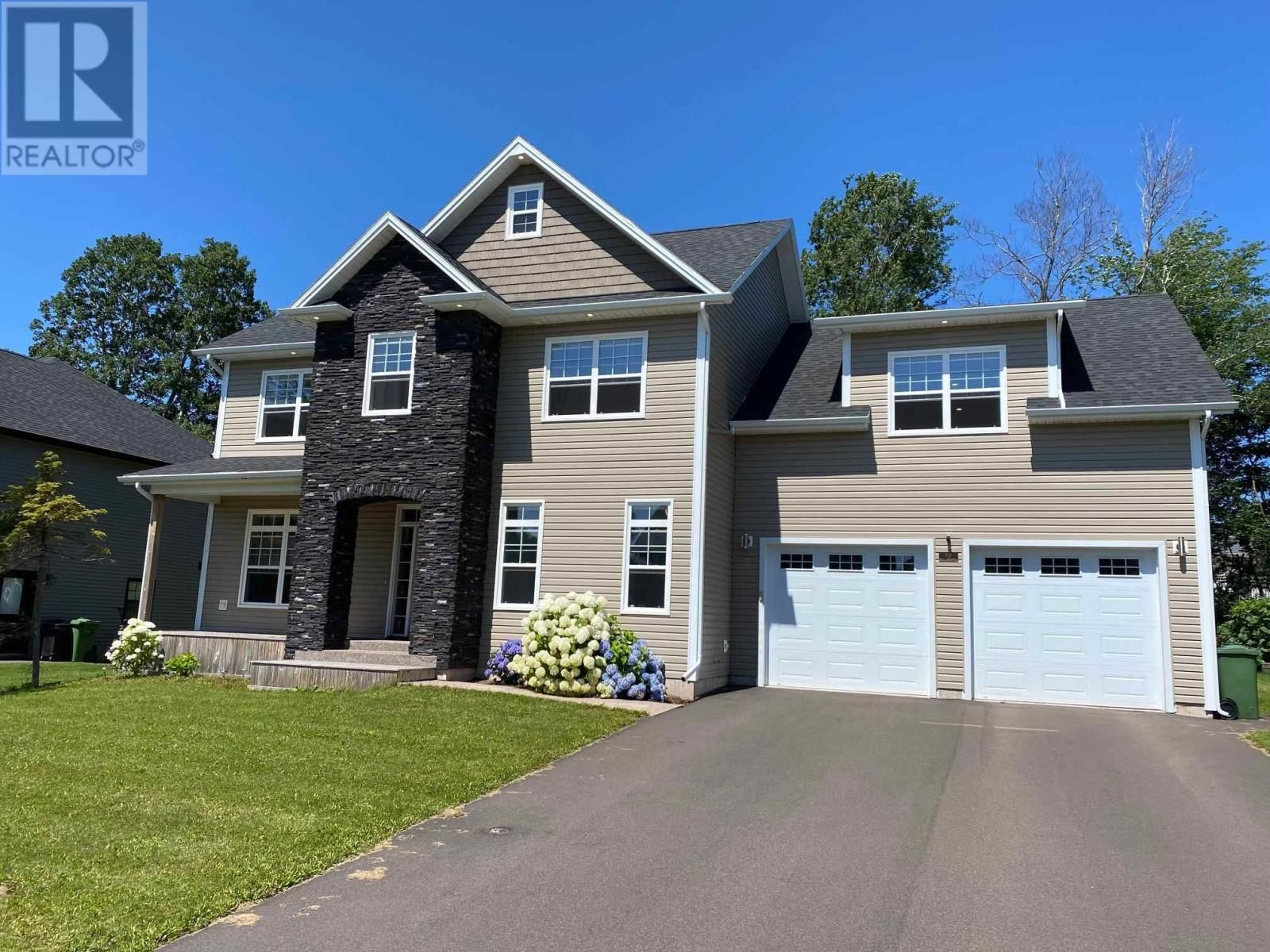 Main Photo: 93 Nash Drive in Charlottetown: House for sale : MLS®# 202119991